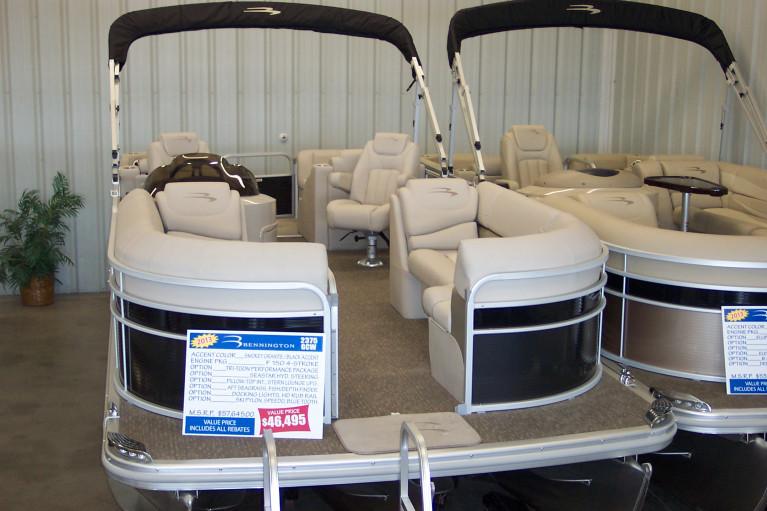 2013 NEW BENNINGTON 2375 GCW PONTOON BOAT W/ F150 YAMAHA O/B