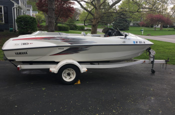 2000 YAMAHA TWIN ENGINE JET BOAT W/ TRAILER