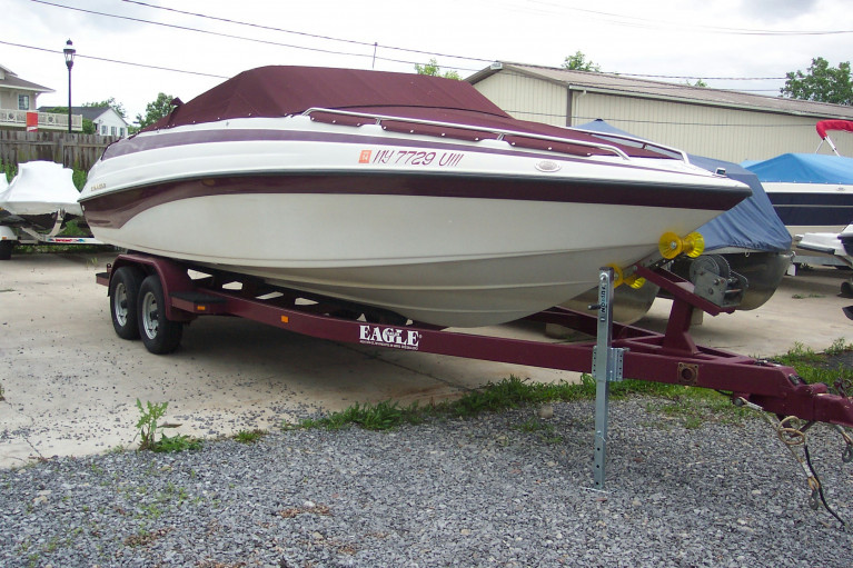 1997 24' CROWNLINE OPEN BOW W/ CUSTOM TRAILER