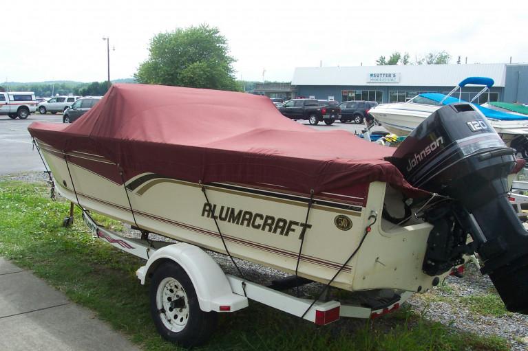 1996 ALUMACRAFT 19' FISHING BOAT W/ 120 HP JOHNSON O/B & TRAILER