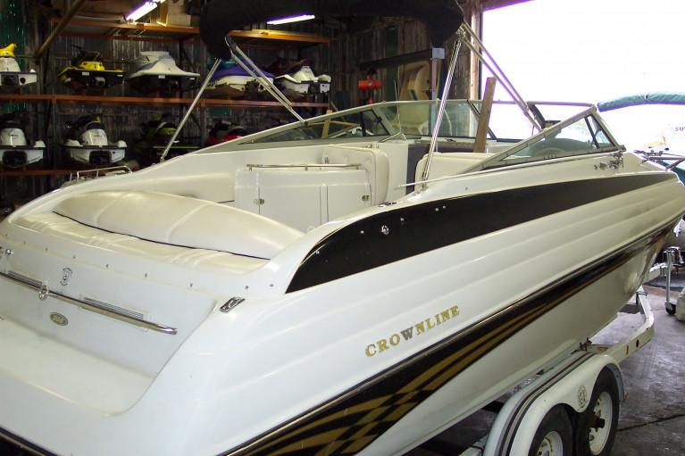 1999 CROWNLINE 266 CCR
