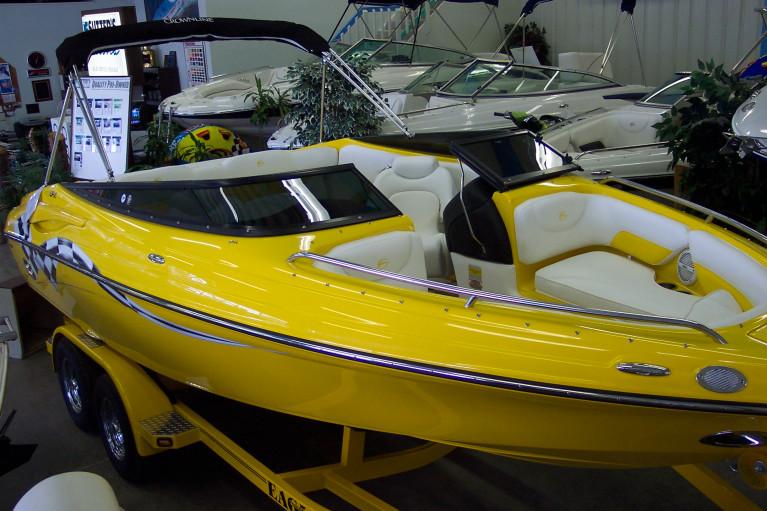 2006 CROWNLINE 215 CLASSIC LPX