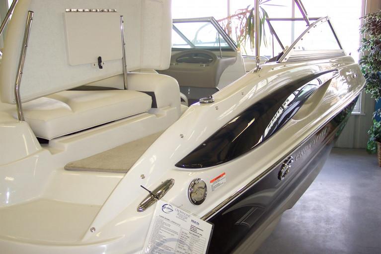 2007 CROWNLINE 210 LS