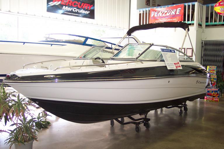 2009 CROWNLINE 210 LS