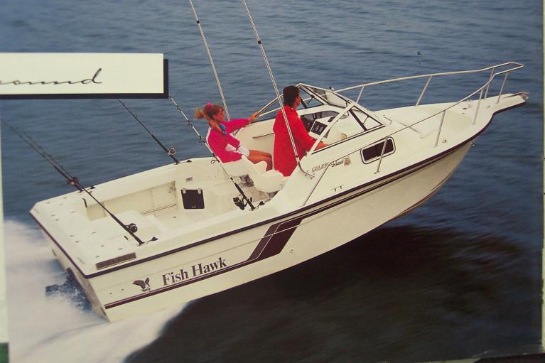 1992 CELEBRITY 2300 FISH HAWK