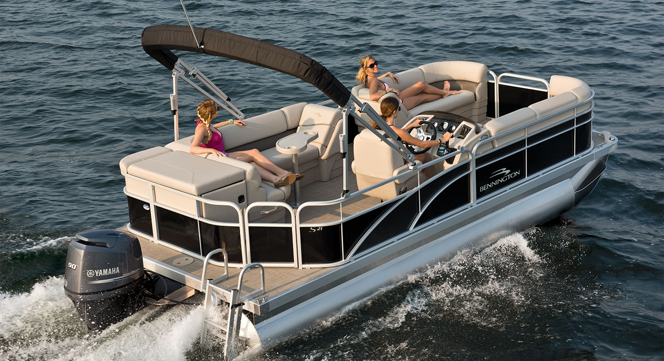 Why Buy a New Bennington Pontoon Boat from Sutter's Marina