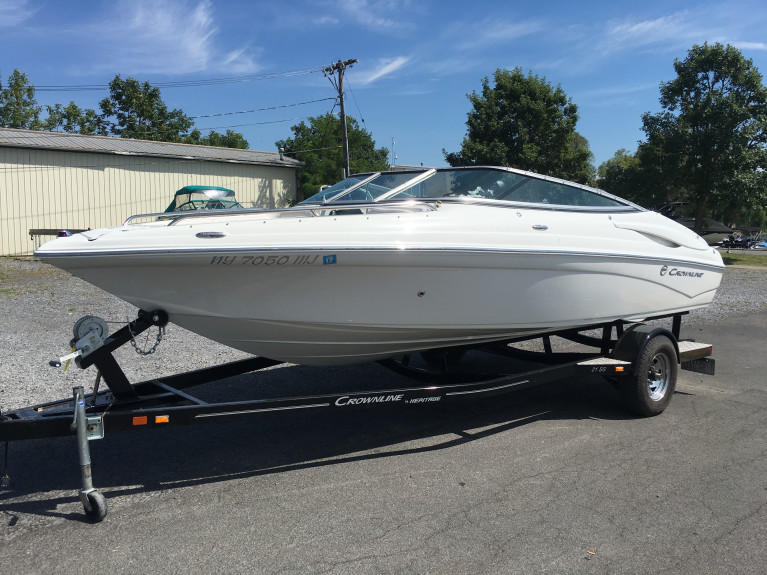 2013 CROWNLINE 21 SS OPEN BOW W/ 4.3L MPI MERC V6 I/O & CUSTOM TRAILER