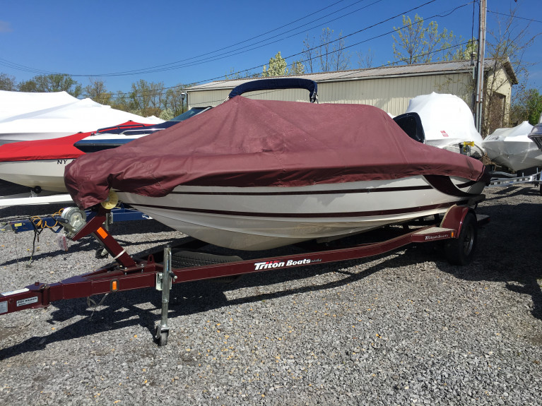2010 TRITON 190 ESCAPE FISHING BOAT W/ MERCURY 150 OPTIMAX O/B & TRAILER
