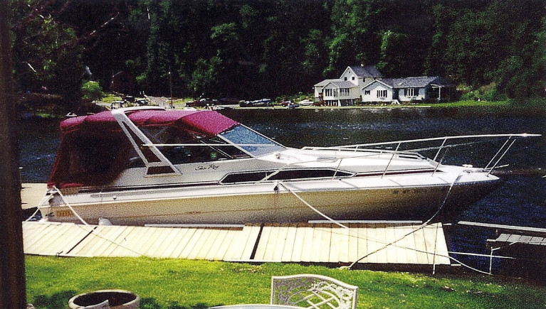 1988 27' SEA RAY CRUISER W/ TWIN MERC I/O'S