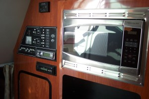 2012 CROWNLINE 280 CR W/ MERC 350 MAG MPI BRAVO III I/O