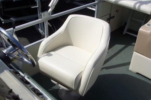 2001 CREST 22' PONTOON BOAT W/ MERCURY 90 HP 2-STROKE O/B & TRAILER