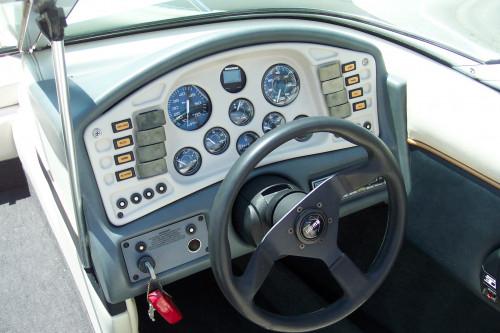 1994 CROWNLINE 196 BR W/ 4.3 LX MERC V6 I/O & TRAILER