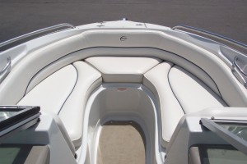 2009 CROWNLINE 210 LS BOW RIDER W/ 5.0L MPI MERC V8  I/O