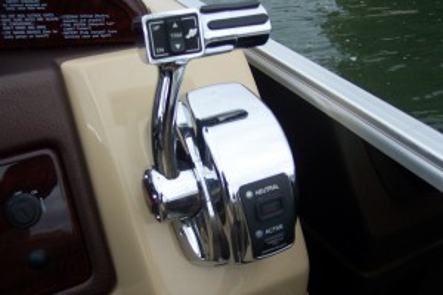 2014 BERKSHIRE 253 RFX BP3 TRI-TOON PONTOON BOAT W/ MERCURY VERADO 200 HP O/B