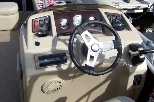 2012 BENNINGTON 22 SSLX PONTOON BOAT W/ F115 & ELLIPTICAL TUBES