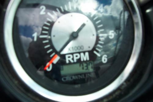 2008 CROWNLINE 252 EX DECK BOAT W/ 350 MAG MPI BRAVO III