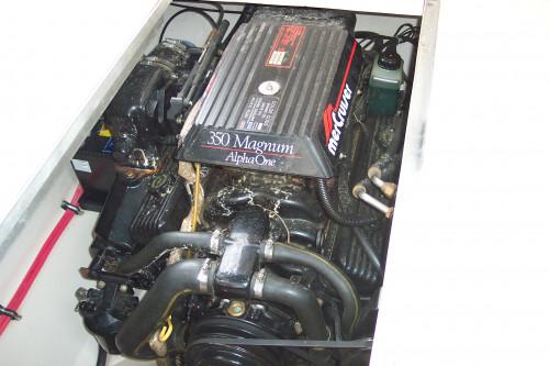 1996 255 LXC DONZI CRUISER 350 MAG MPI MERC I/O