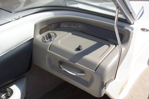 2007 18' CROWNLINE 180 BR W/ 4.3L MERC V6 I/O & TRAILER