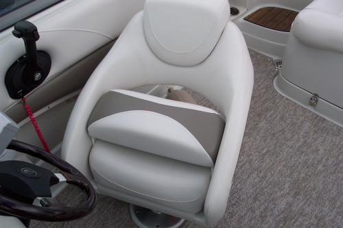 2012 CROWNLINE E1 DECK BOAT W/ MERC 4.3L MPI BRAVO III I/O & VENTURE TRAILER