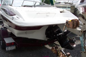 2007 CROWNLINE 195 SS OPEN BOW W/ 4.3L V6 MERC I/O & TRAILER
