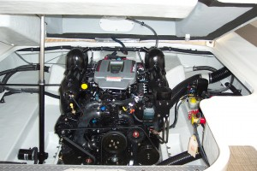 NEW 2015 FORMULA 240 BR W/ 350 MAG MPI ECT BRAVO III I/O