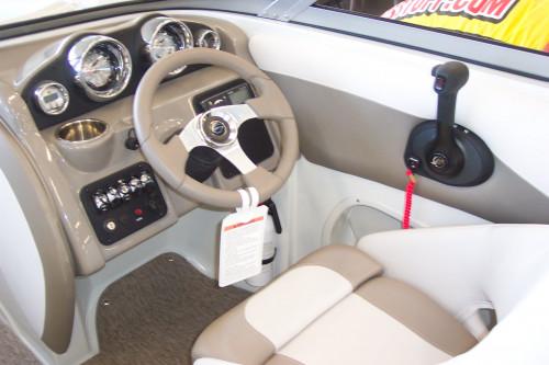 NEW 2015 CROWNLINE R18 W/ MERCRUISER 4.3L CARB I/O & TRAILER