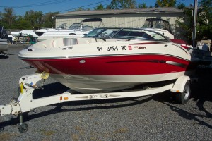 2006 SEA RAY 20' OPEN BOW W/4.3L V6 MERC I/O & TRAILER