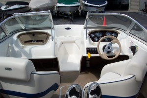 2003 CHAPARRAL 18' OPEN BOW W/ TRAILER