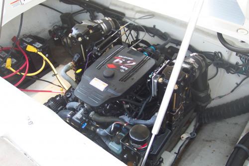 2007 CROWNLINE 270 BR W/ 6.2 L MPI MERC V8 BRAVO III I/O