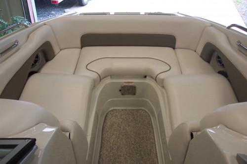 2012 CROWNLINE E4 W/ 350 MAG MPI MERC BRAVO III I/O