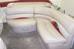 2009 FLAWLESS SUN TRACKER PONTOON BOAT W/ 90 HP MERCURY OPTIMAX