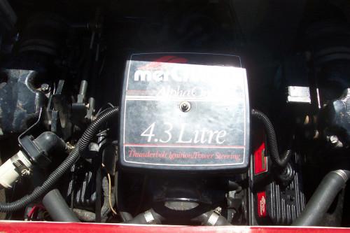 1988 LARSON W/4.3L V6 MERC I/O & TRAILER