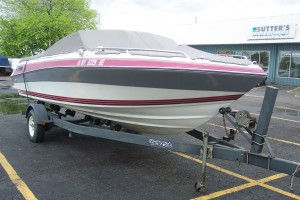 1990 FOUR WINNS 200 HORIZON OPEN BOW W/ 4.3L V6 VOLVO I/O & TRAILER