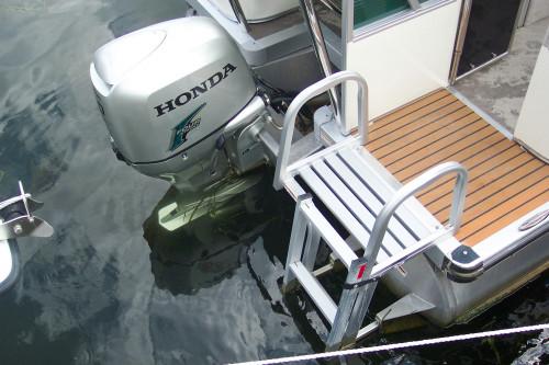 2011 AVALON 22 PARADISE W/ HONDA 90 HP 4-STROKE O/B