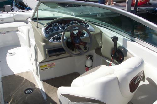 2007 CROWNLINE 240EX DECK BOAT W/ 350 MAG MPI BRAVO III I/O