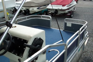 1986 LEISURE ISLAND 20' PONTOON W/ SUZUKI 4-STROKE 25 HP O/B