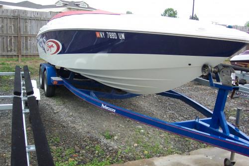 2001 BAJA H2X PERFORMANCE BOAT W/ 7.4L 330 HP BRAVO I I/O & TRAILER