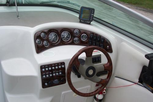 2003 CROWNLINE 230 CR