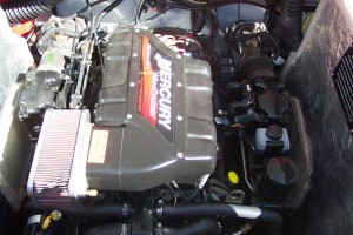 2000 CROWNLINE 266 CCR