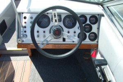 1984 CENTURY SPORT 3000 XL