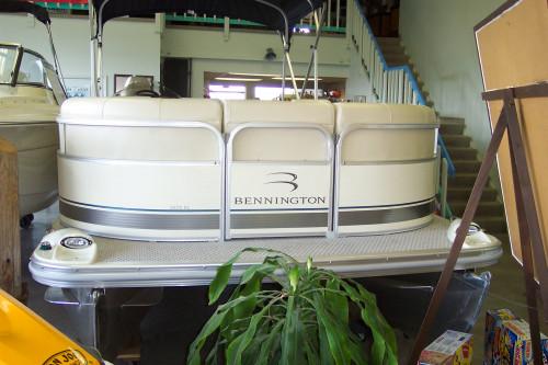 2007 BENNINGTON 2275 RL