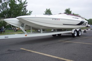 1995 AMERICAN OFFSHORE 2600