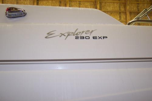 1999 MONTEREY EXPLORER 230 EXP