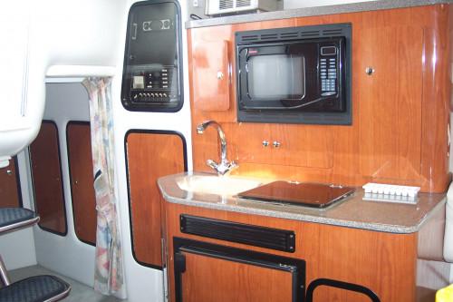 2004 CROWNLINE 290 CR