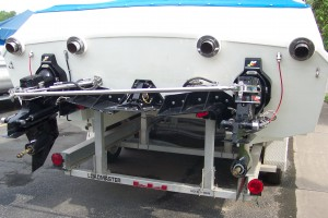 2001 THUNDER POWER BOATS 32 KING CAT
