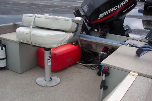 1999 14' STARCRAFT ALUMINUM FISHING BOAT W/ NEWER 25 HP MERCURY 4- STROKE O/B