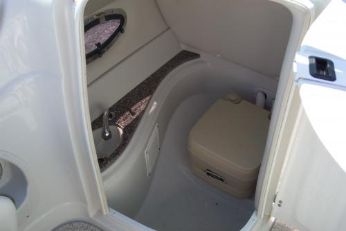 2010 CROWNLINE 252 EX DECK BOAT W/ 350 MAG MPI BRAVO III I/O