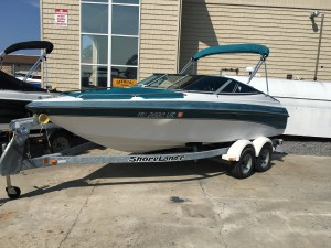1998 CROWNLINE  18' OPEN BOW W/ 4.3L V6 MERC I/O & TRAILER