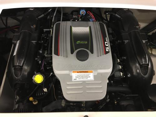 2012 CROWNLINE 21 SS OPEN BOW w/ 5.0L MERC MPI V8 I/O & TRAILER