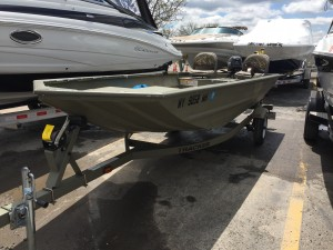 2012 TRACKER GRIZZLY 1648  W/ MERCURY 9.9 HP O/B & TRAILER